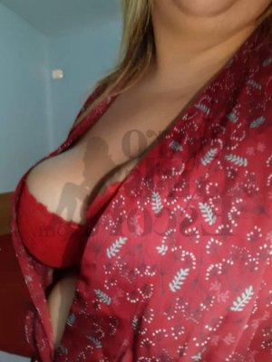 Laurenna live escort in Clinton