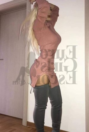 Leonarda escort girl in Hudson